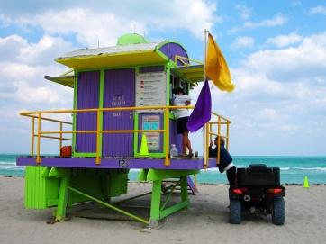 miami-beach-lifeguard-tower-12th-street