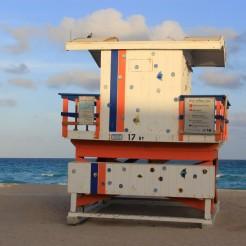 miami-beach-lifeguard-tower-17th-street