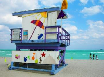 miami-beach-lifeguard-tower-18th-street