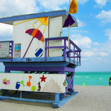miami-beach-lifeguard-tower-18th-street